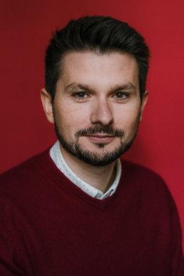 na zdjęciu Łukasz Serwiński dyrektor artystyczny festiwalu